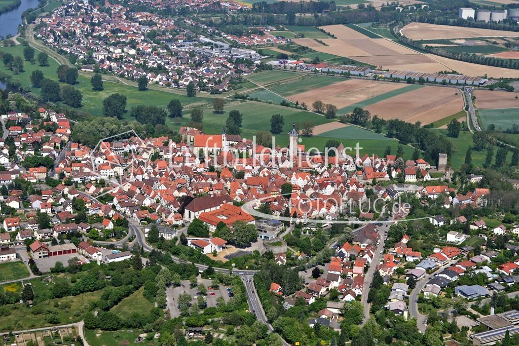 07_5678 28.04.2007 Luftbild Bad Wimpfen