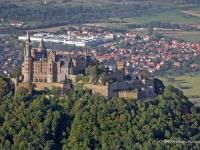 06_13811 09.09.2006 Luftbild Burg Hohenzollern