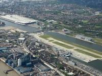14k2_10030 Luftbild London Airport