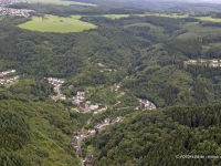06_12087 31.08.2006 Luftbild Isenburg