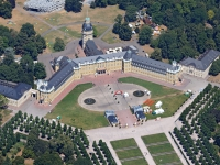 15k2_9862 10.07.2015 Luftbild Schloss Karlsruhe