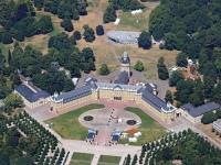 15k2_9875 10.07.2015 Luftbild Schloss Karlsruhe
