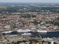 06_9643 15.07.2006 Luftbild Kiel