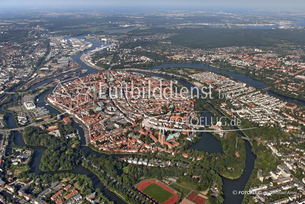05_5361 31.08.2005 Luftbild Luebeck