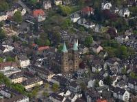 15k2_08147 02.05.2015 Luftbild Schwelm Kirche