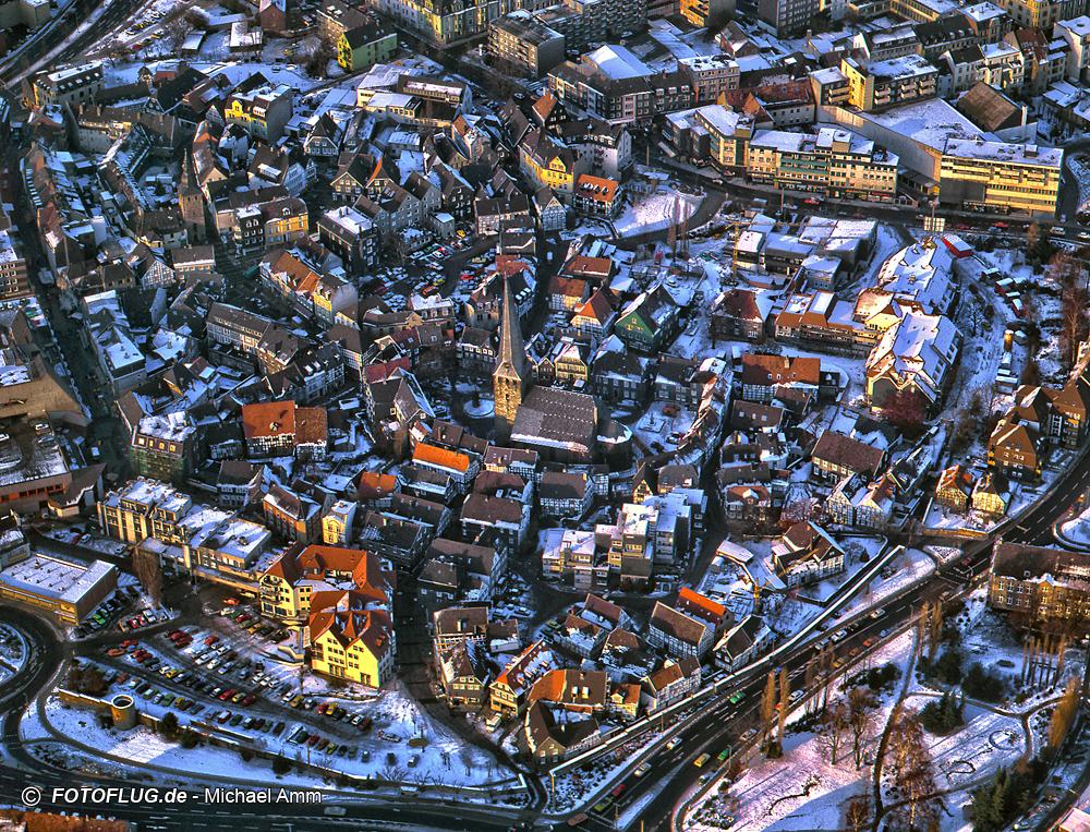 Luftaufnahme von Hattingen (Ortskern) im Winter 1985