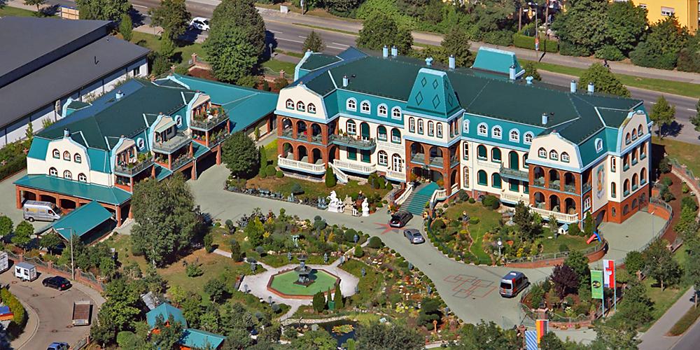 Luftbild der Villa Hanauer