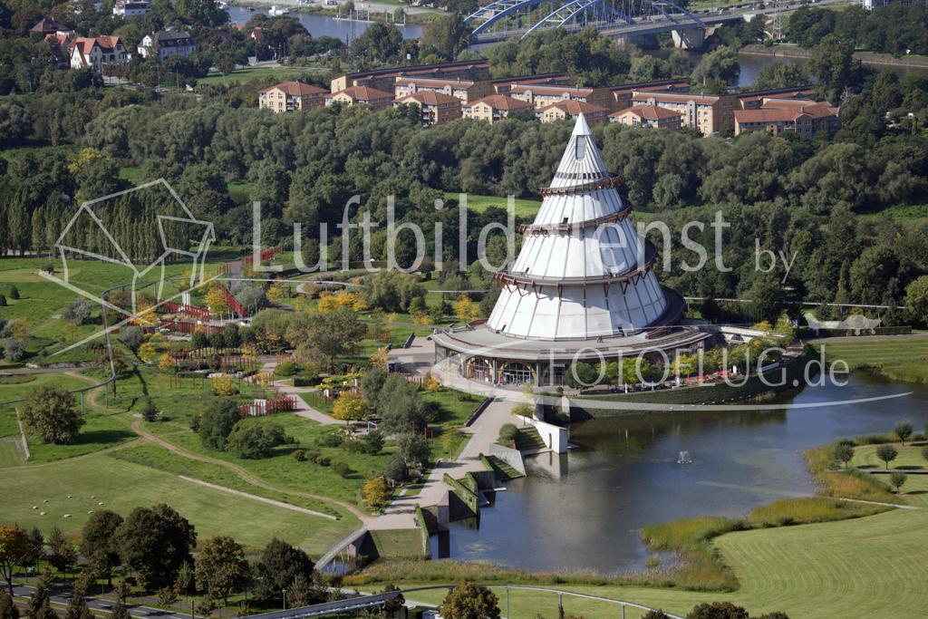 Luftbild Jahrtausendturm Magdeburg