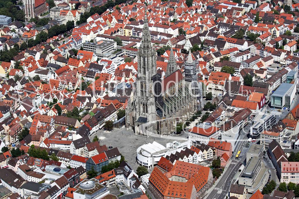 Schrägluftbild Ulm Münsterplatz