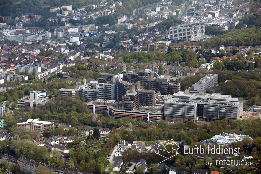 15k2_07931 02.05.2015 Luftbild Wuppertal Universitaet