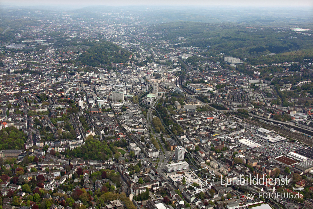 15k2_08050 02.05.2015 Luftbild Wuppertal