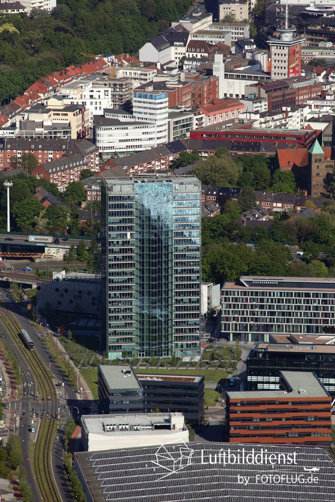 15k2_08437 15.05.2015 Luftbild Bremen Hochhaus
