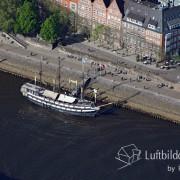 15k2_08455 15.05.2015 Luftbild Bremen Pannekoekschip
