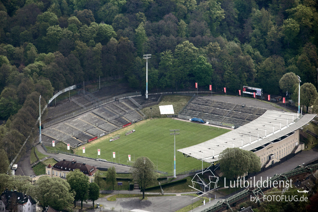luftbild wuppertal stadion am zoo. Black Bedroom Furniture Sets. Home Design Ideas