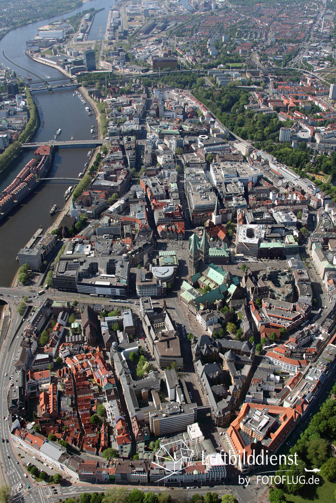 Bremen Altstadt in Luftbild 2015