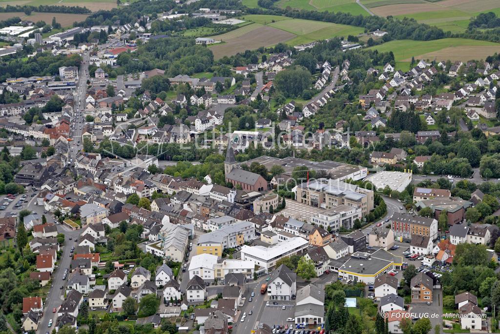 06_12018 31.08.2006 Luftbild Altenkirchen