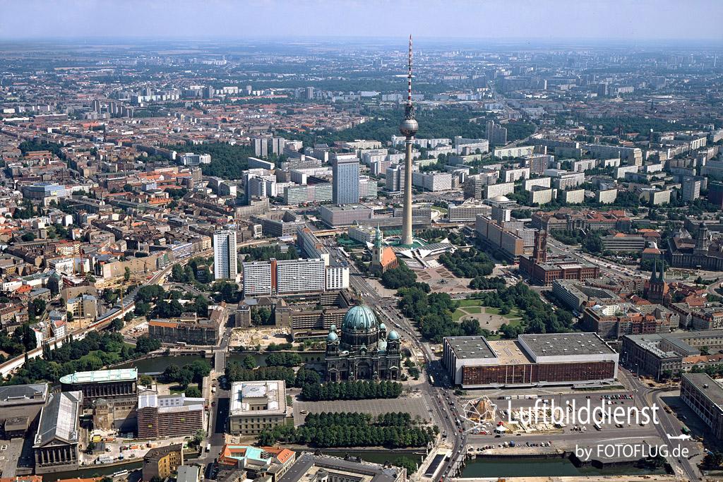 1997_08_08 Luftbild Berlin Dom 91765-1997