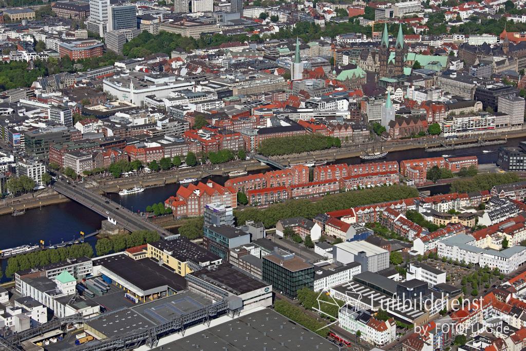 15k2_08447 15.05.2015 Luftbild Bremen